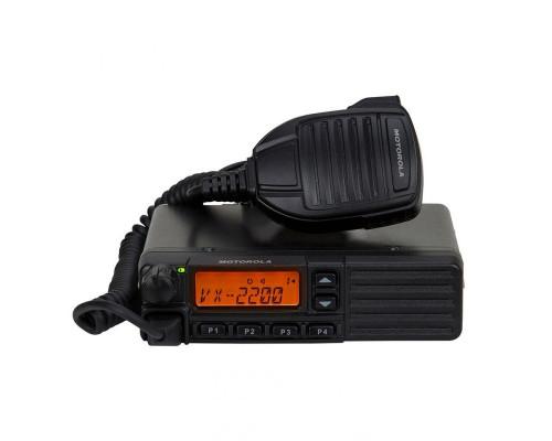 Автомобильная рация Motorola VX-2200E