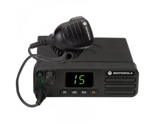 Автомобильная рация Motorola DM4400
