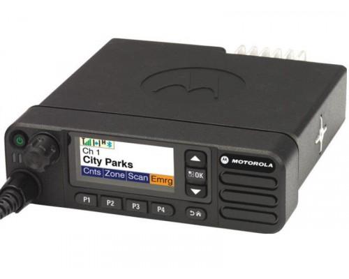 Автомобильная рация Motorola DM4600